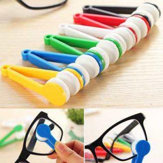 Instrumento para limpeza de lentes